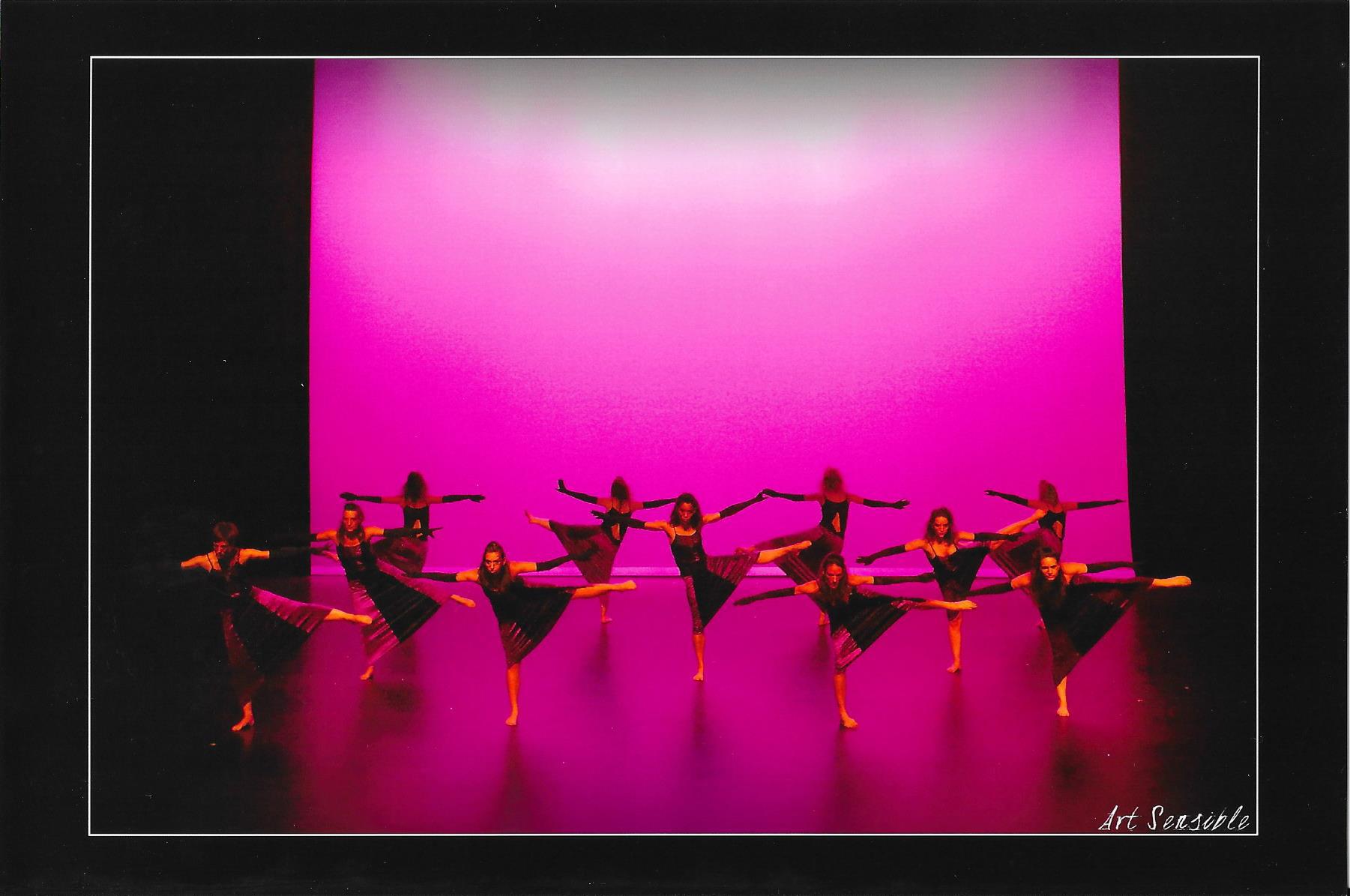 spectacle 2015 de l'école de danse KHD à mont de marsan